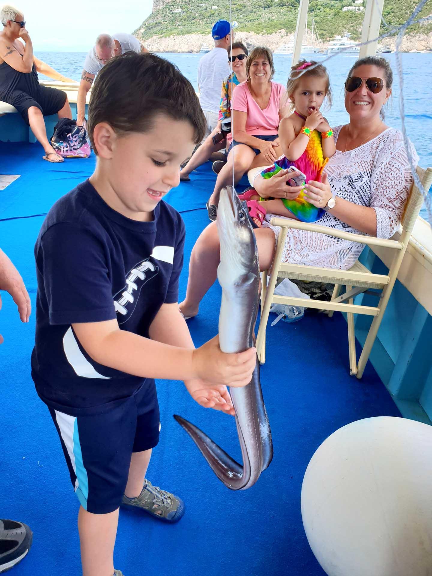 Pescaturismo a Capri per famiglie con bambini piccoli