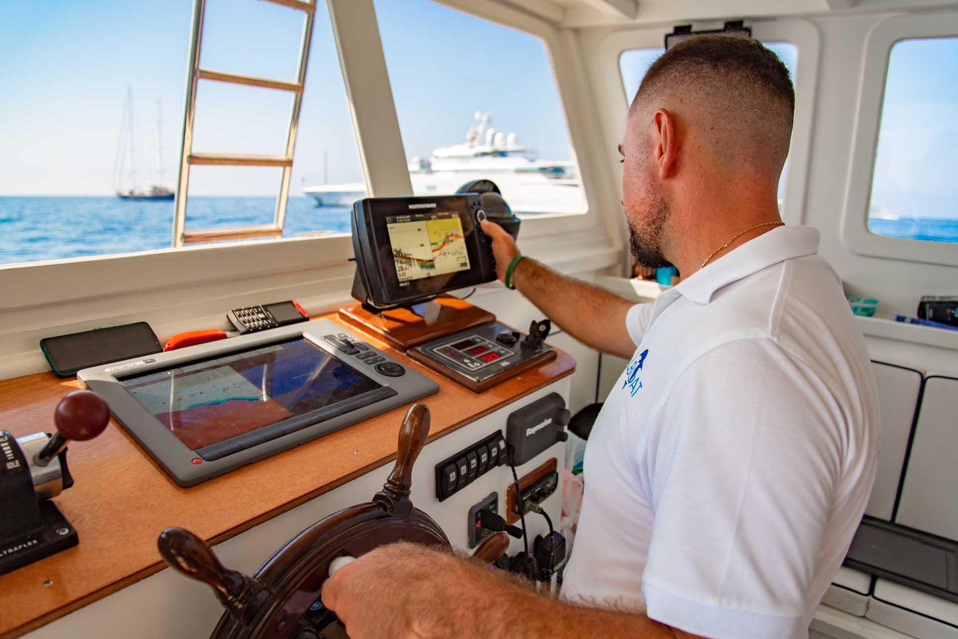 Pescaturismo a Capri con ecoscandaglio