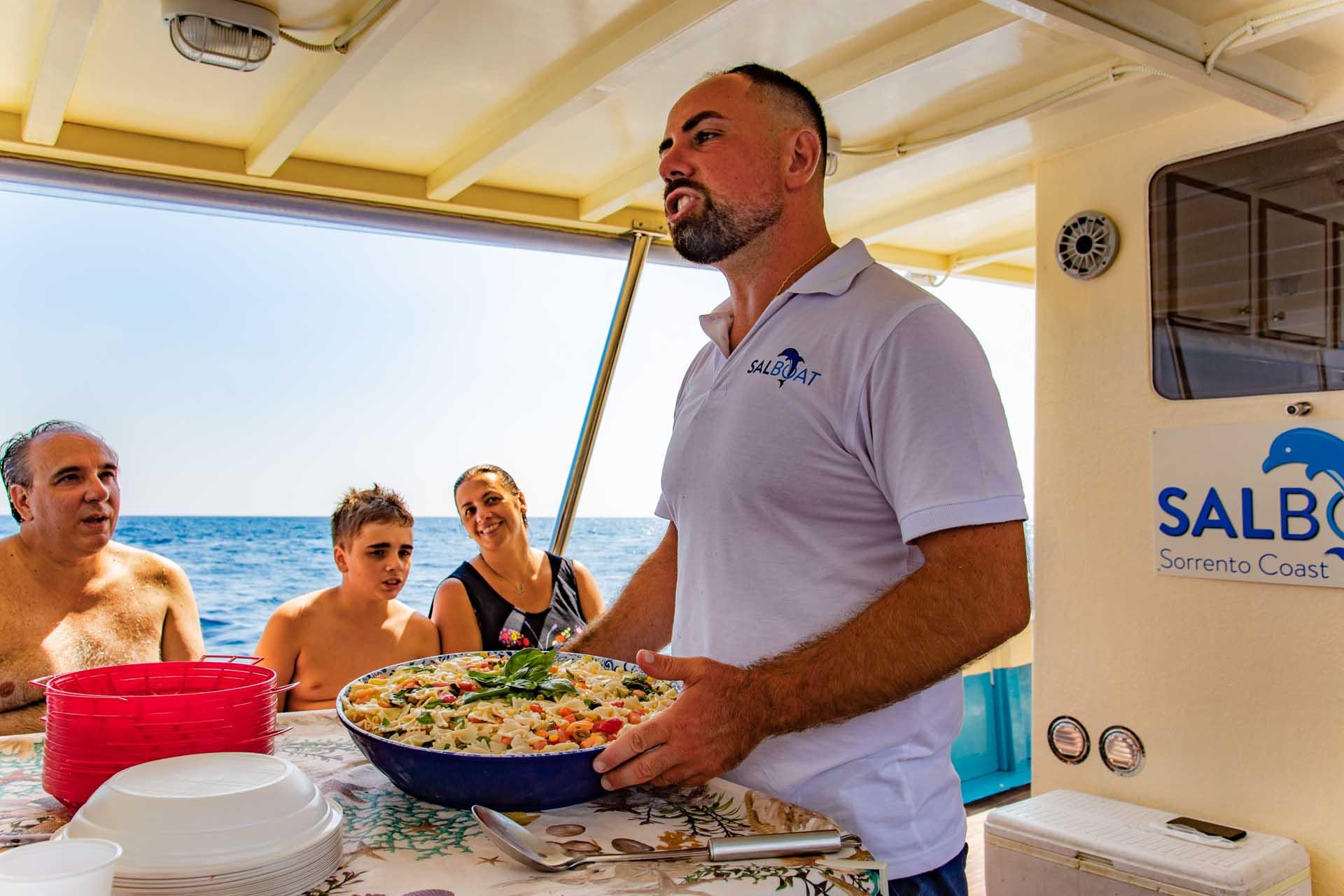 Pescaturismo a Sorrento con pasta a pranzo